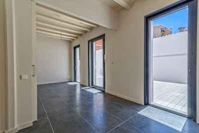 Отремонтированная квартира в районе Sants города Барселоны